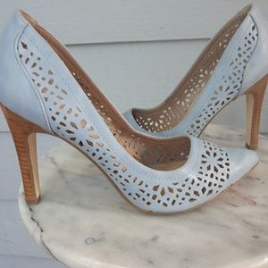 Restricted light blue heels 7 NEW-no box